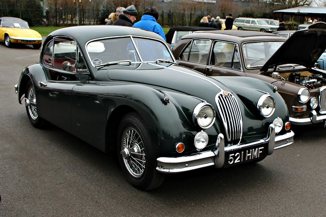 243 Jaguar XK140 FHC (1956)