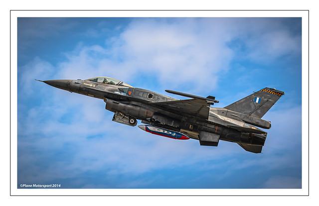 LOCKHEED MARTIN F-16C-52 FIGHTING FALCON