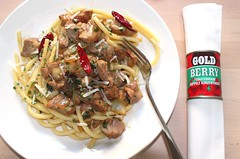AROUND THE WORLD IN 20 MINUTES – PORK NECK STEAK, CHILIES, ONIONS AND BUCATINI WITH HERBS & PARMIGIANO REGGIANO