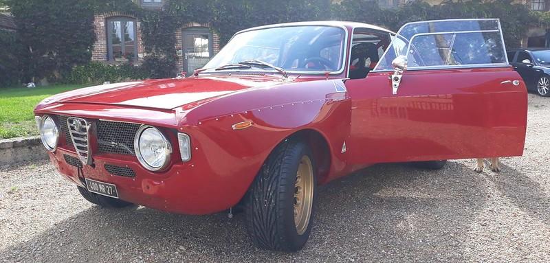 Alfa Giulia Sprint 1300 GTA reconstruction 2.0 litres T.S. 48915415822_ece2eca157_c