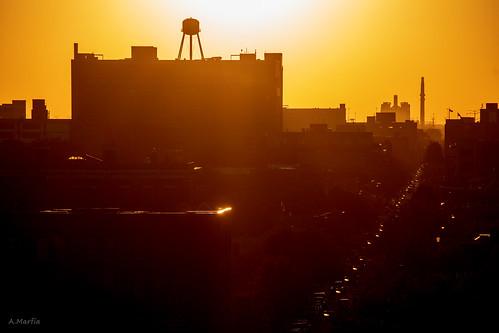 chicago bridgeport sunset sun watertower street 35thstreet d7500 70300mm 1500sec f8 iso100