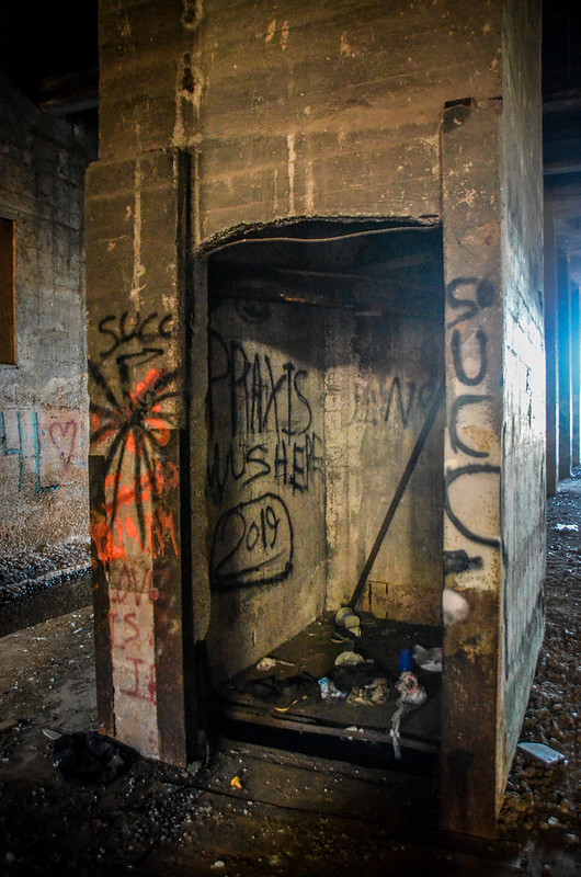 Underground Anderson-25