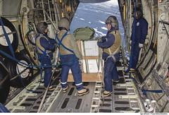 Lançamento de carga aérea na Antártida