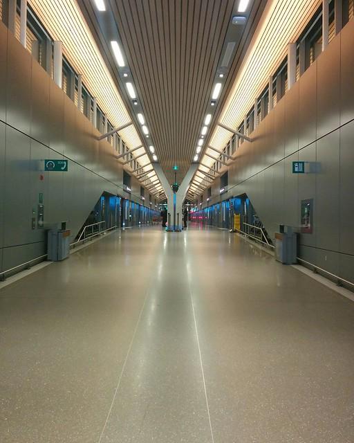 Boarding zone #toronto #mississauga #torontopearson #unionpearsonexpress #rail #architecture