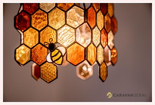 ニジイロランプ ハニービー 蜂