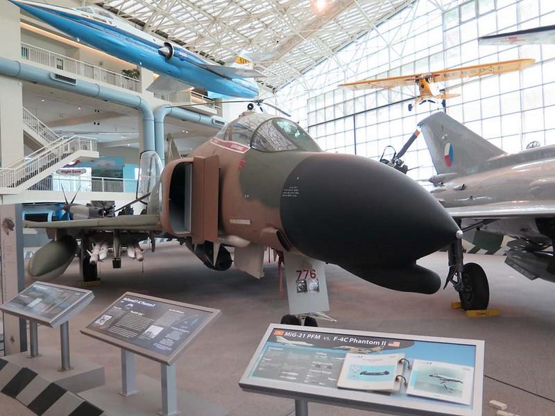 ΜακΝτόνελ Ντάγκλας F-4C Φάντασμα ΙΙ 2