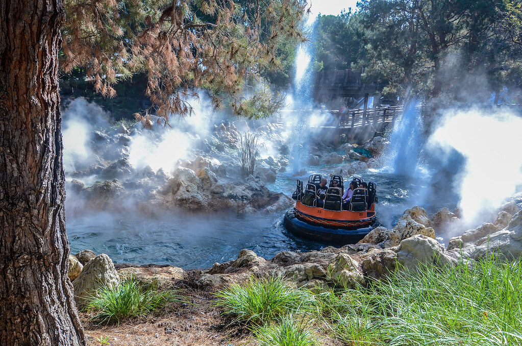 Grizzly River Run raft DCA