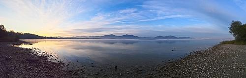 f9228328af9228332aa koaxial pano hugin chiemsee sunrise sonnenaufgang lake water mountains berge landscape light licht