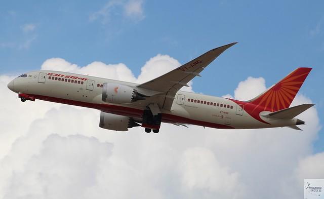 Air India B787-8 VT-ANQ taking off at LHR/EGLL