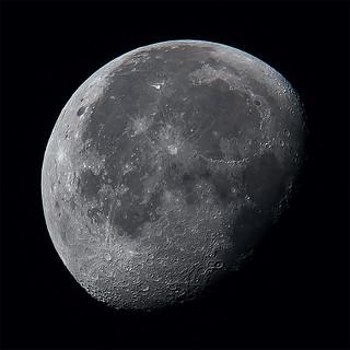 Moon 2019-10-18