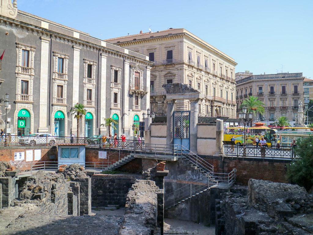 Anfiteatro romano que ver en Catania