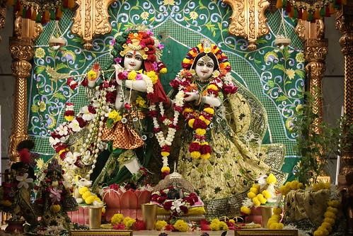 ISKCON Vallabh Vidyanagar Deity Darshan 18 Oct 2019
