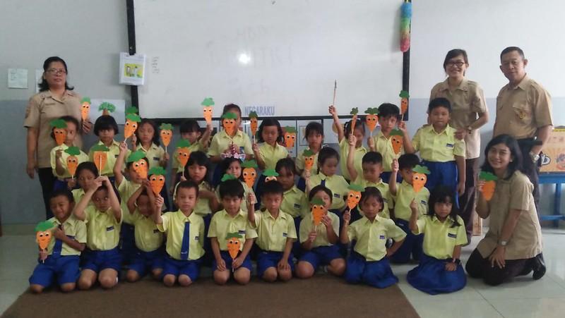 Bermain dan Belajar Bersama Anak-anak TK Bhakti Wiyata