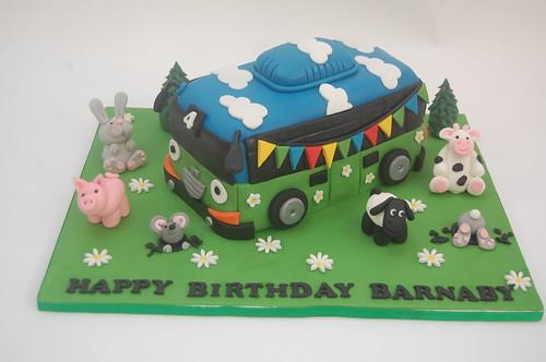 Pleasing Party Bus Cake Beautiful Birthday Cakes Funny Birthday Cards Online Barepcheapnameinfo