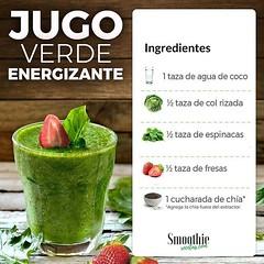 Receta de Jugo verde 🍏 🍓  #batidodetox #batidosaludables #jugosnaturales⠀ #fitnesstips #saludybelleza #dietasaludable #snacksaludable #recetassaludables #dietaflexible #dietaeterna #vidasana #saludable #nutrición #fitness #saludybie