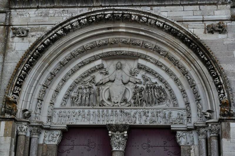 11 Базилика Везле Тимпан внешнего портала