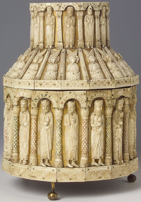 92 Реликварий. Германия. Кельн. XII в. . Дармштадт музей