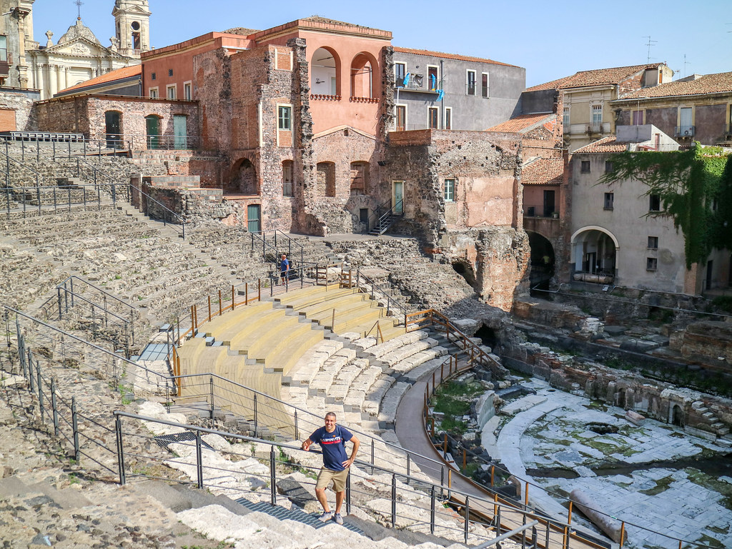 Teatro romano algo imprescindible que ver en Catania