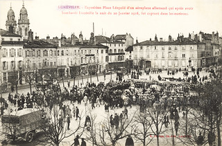 Overview of the Place Léopold at Lunéville when the captured L.V.G. C.II was exposited [Germany, 1916]