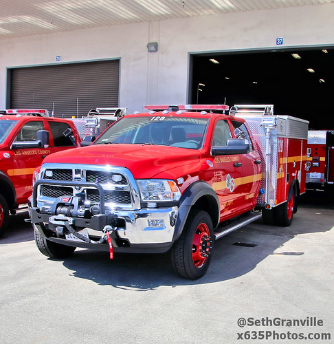 Los Angeles County Fire Department Patrol 128 Photo