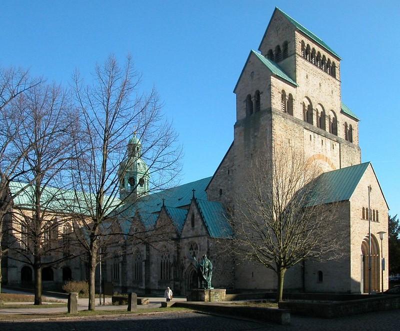 50 Собор Успения Богородицы в Хильдесхайме XI-XIV вв.
