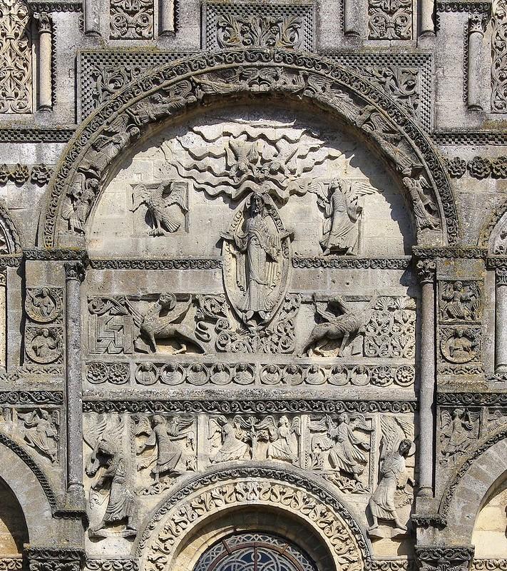 63 Собор Сан-Пьер в Ангулеме Фрагмент фасада