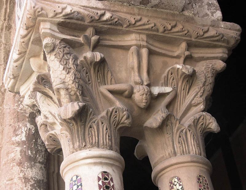 86с Капители клуатра Собора в Монреале, Сицилия