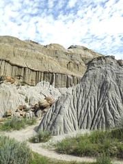 erosion near concretions