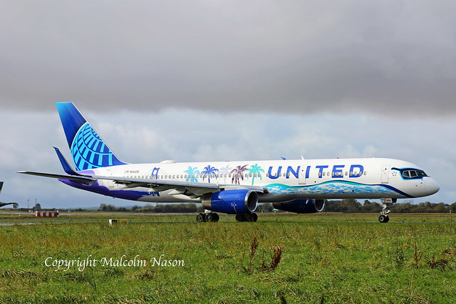 B757 N14106 UNITED Special colours 1