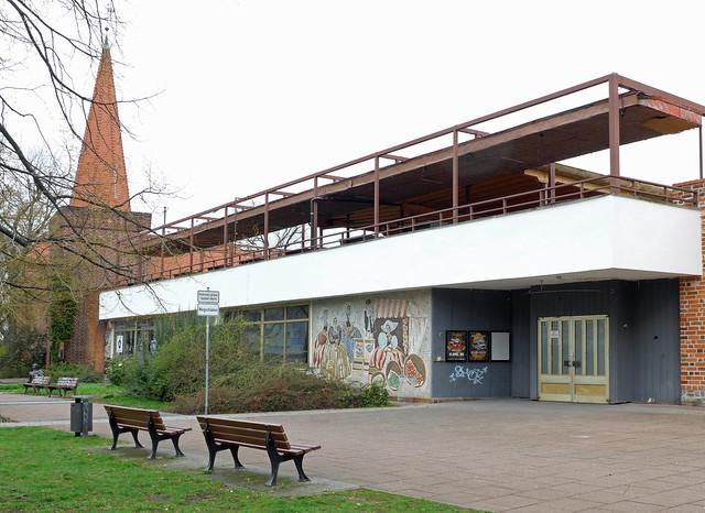 Former Am Stadttor restaurant, Stadtpromenade, Cottbus, March 2019
