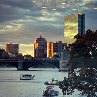 Morning, Boston with squadron of square UFO's  #area51 #alientech #grassyknoll