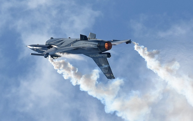 05-F16-Demo-Belgian-Airforce-2019