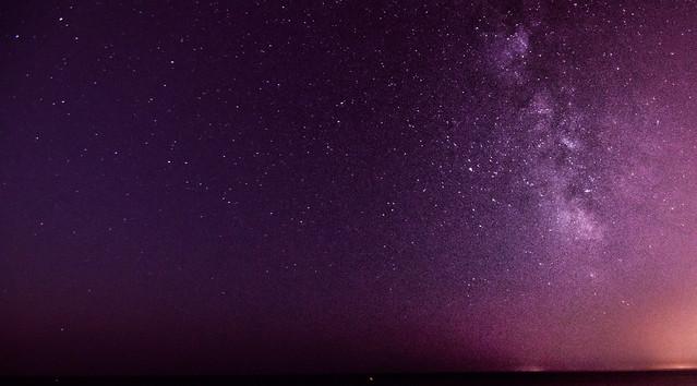 Dicen las estrellas que los fugaces somos nosotros.