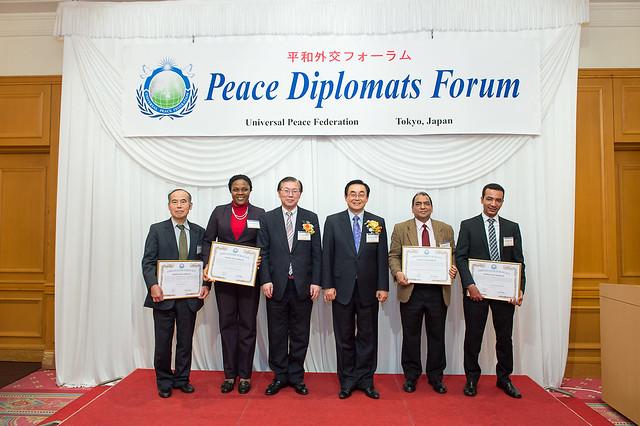 Japan-2014-11-26-Peace Diplomats