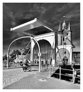Cycling into Zierikzee