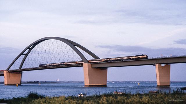 Viking-Express auf der Fehmarnsundbrücke