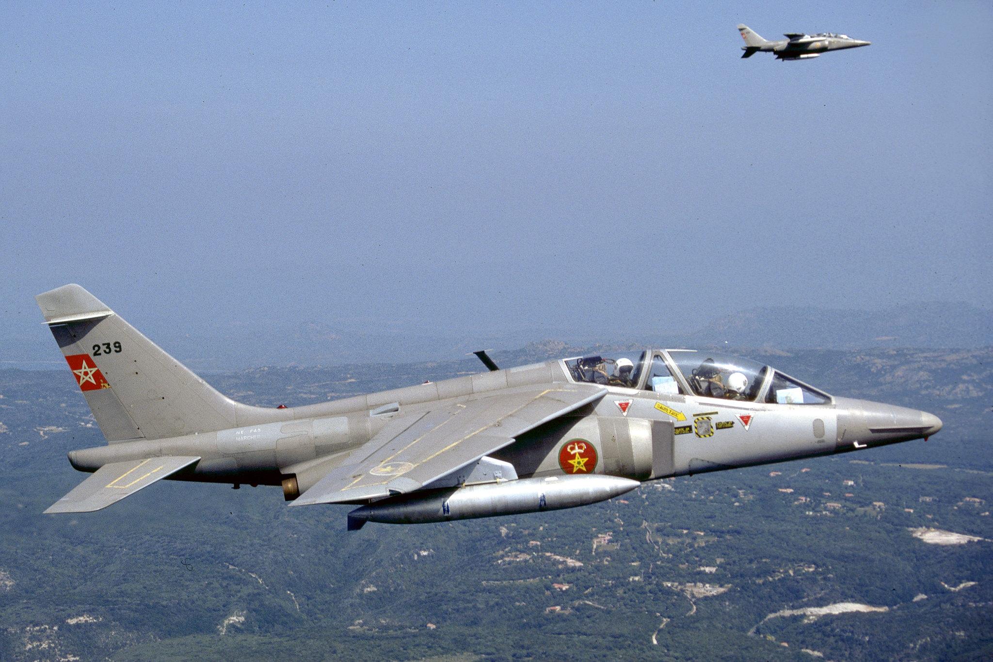 FRA: Photos avions d'entrainement et anti insurrection - Page 9 48921135743_7af7725585_k