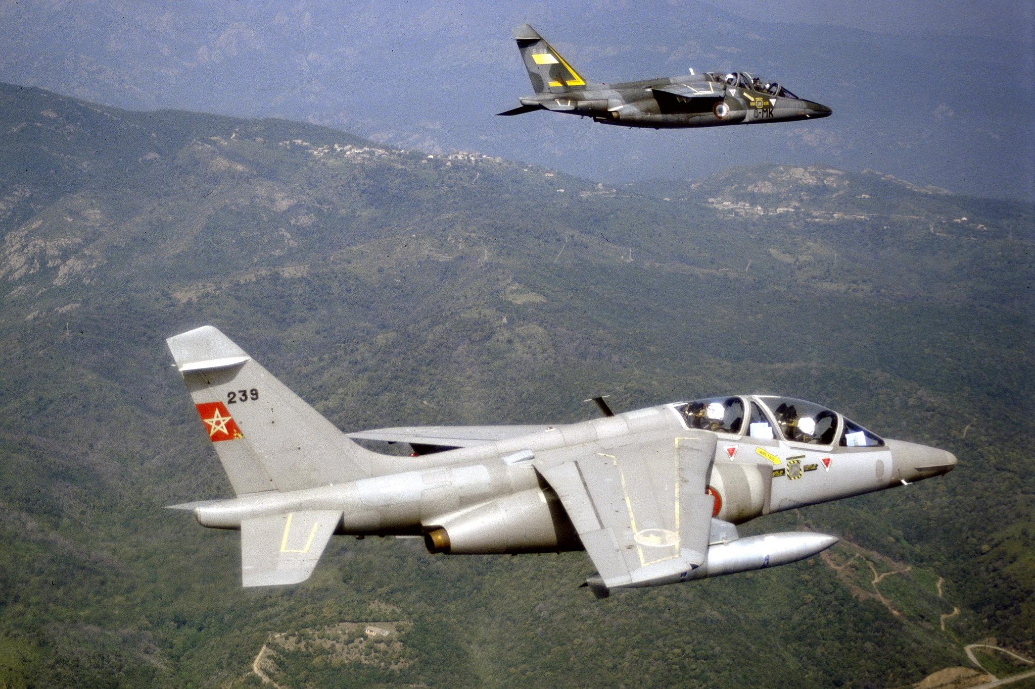 FRA: Photos avions d'entrainement et anti insurrection - Page 9 48921135803_e747c6edac_k
