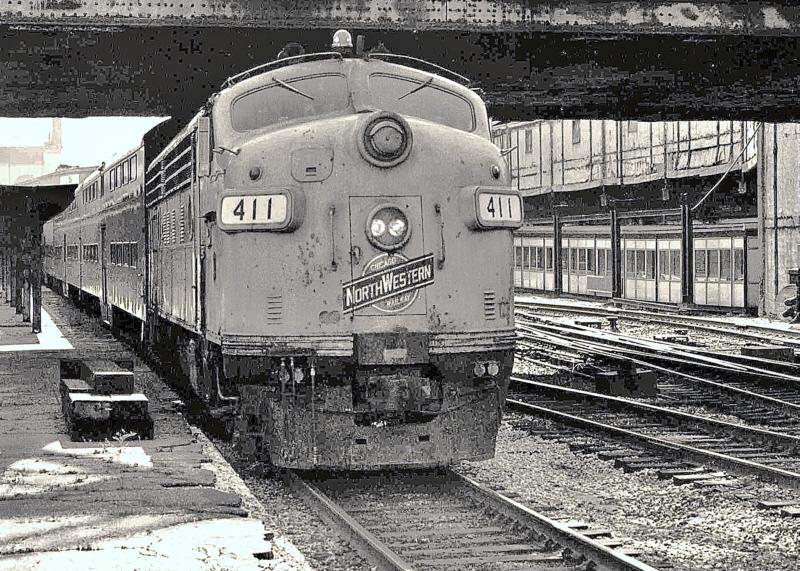 CNW 411 (1951 EMD F7B) @ Chicago, IL  (1981)