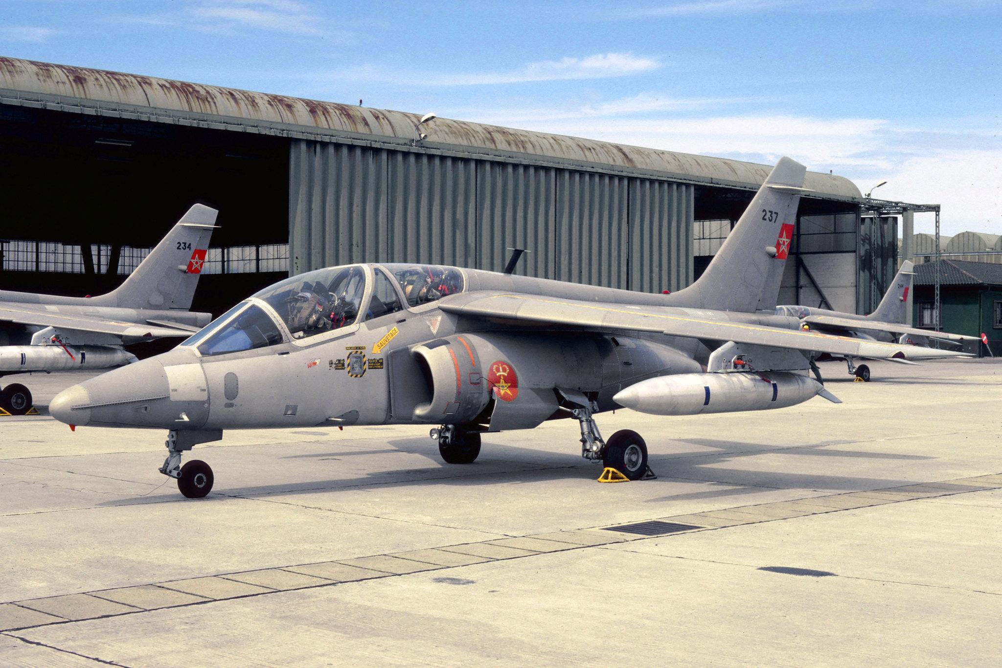 FRA: Photos avions d'entrainement et anti insurrection - Page 9 48921872702_3911151b95_k