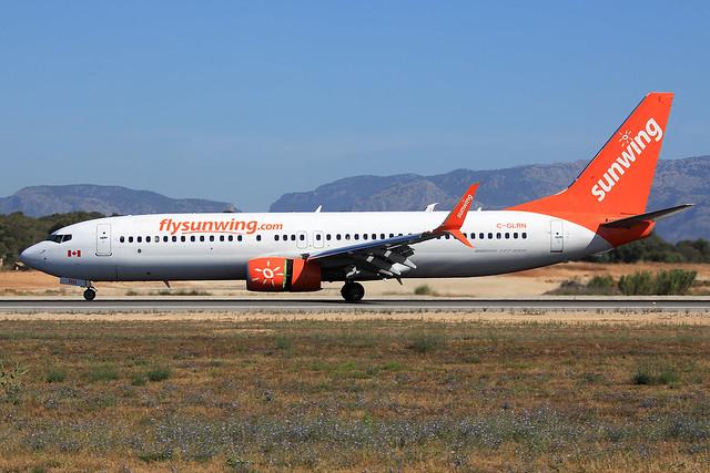 Sunwing Airlines  Boeing 737-8SH C-GLRN