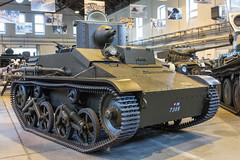 Vickers 34 M-7305