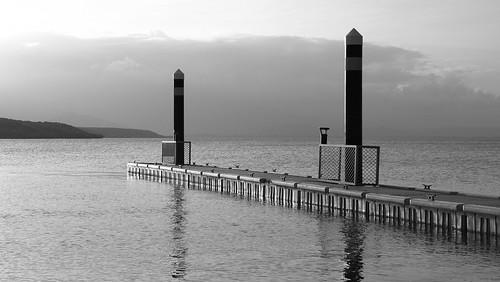 peter russell olympus e410 slr port douglas queensland australia sunset water sea light shadow public dock bw black white