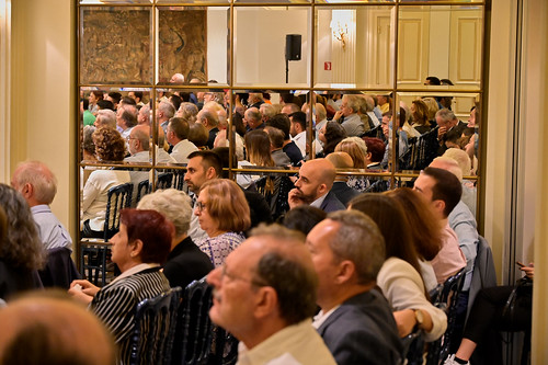 _CS00784_17.10.2019, Αθήνα: «Εκλογικό Σύστημα και Ψήφος των Αποδήμων: Νομοθετικές και Αναθεωρητικές Δυνατότητες»