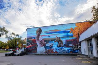 Murale Fable du Nord, de Dodo Ose sur Henri-Bourassa au coin de la rue De Lorimier dans le Sault-au-Récollet