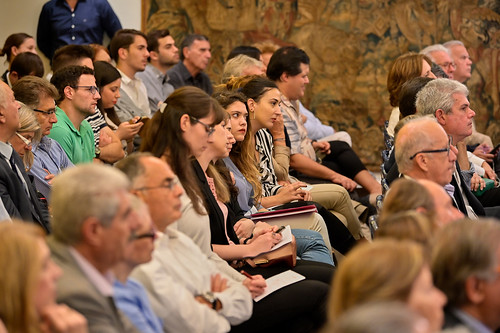 _CS00464_17.10.2019, Αθήνα: «Εκλογικό Σύστημα και Ψήφος των Αποδήμων: Νομοθετικές και Αναθεωρητικές Δυνατότητες»