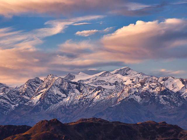 Vue sur la frontière Italienne depuis le Gamshag (2178 m) Tyrol