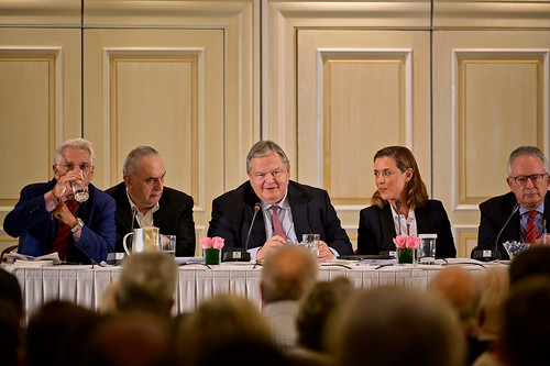 _CS00385_17.10.2019, Αθήνα: «Εκλογικό Σύστημα και Ψήφος των Αποδήμων: Νομοθετικές και Αναθεωρητικές Δυνατότητες»