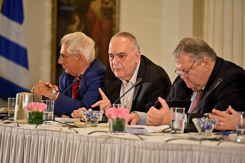 _CS00466_17.10.2019, Αθήνα: «Εκλογικό Σύστημα και Ψήφος των Αποδήμων: Νομοθετικές και Αναθεωρητικές Δυνατότητες»