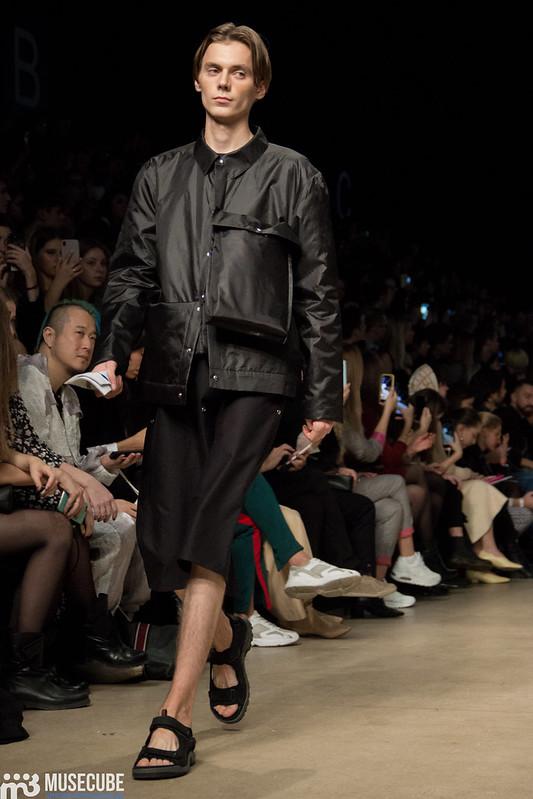 mltv_clothing_011